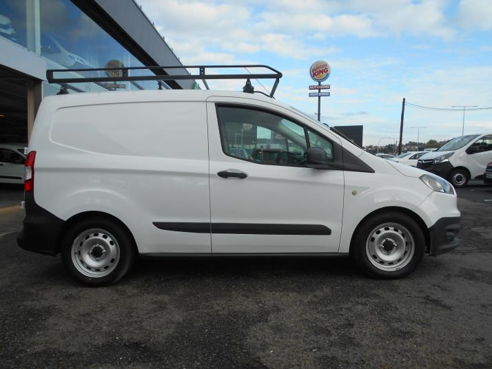 FORD TRANSIT COURIER 1.5TDCI ISOTERMICO
